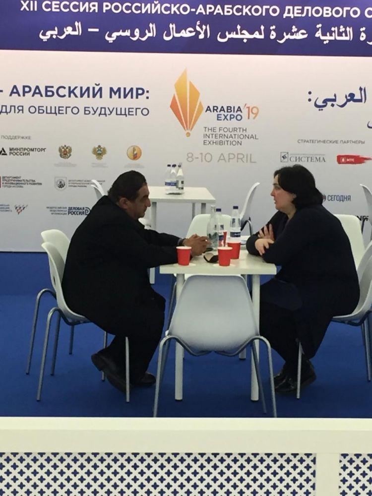 На второй день работы IV Международной выставки «Аrabia-EXPO 2019» экспортно ориентированные компании РСО-Алания продолжают вести переговоры с представителями арабских компаний