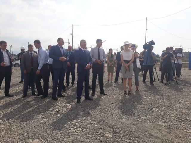 Во Владикавказе заложили первый камень в фундамент будущего гипермаркета «Леруа Мерлен»